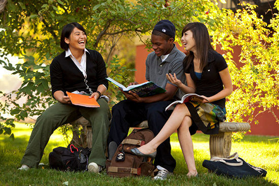 美国高中文凭(学位)背景